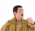 ピコ太郎のペンパイナッポーアッポーペンが大人気!